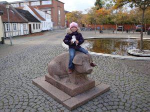 Schweineskulptur